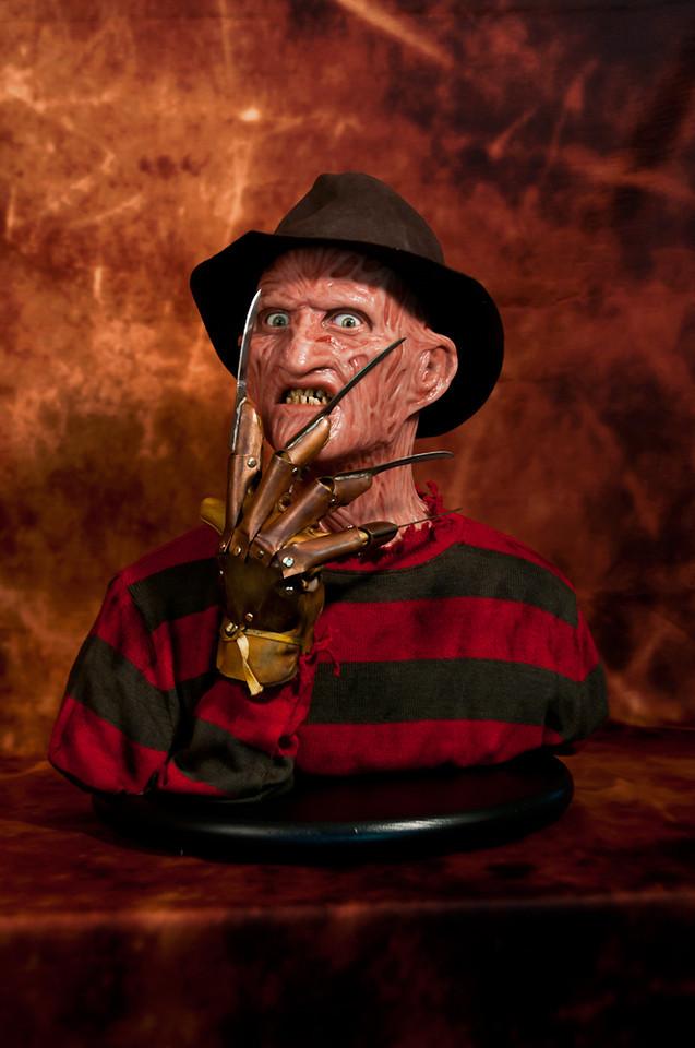 [Custom da Semana] 1:1 Silicone '85 Freddy Krueger Bust - Howard Studio FreddySil1
