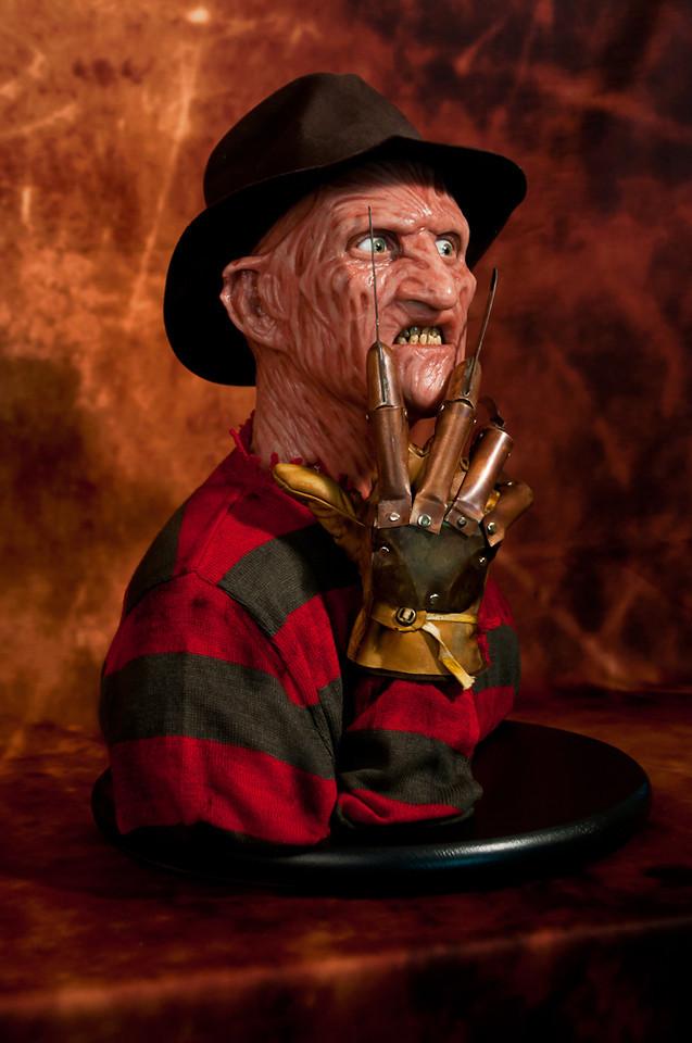 [Custom da Semana] 1:1 Silicone '85 Freddy Krueger Bust - Howard Studio FreddySil3
